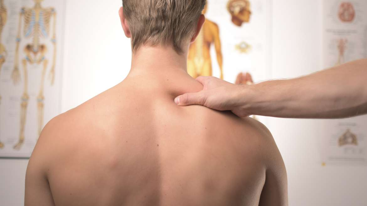 5 Reasons to See a Chiropractor